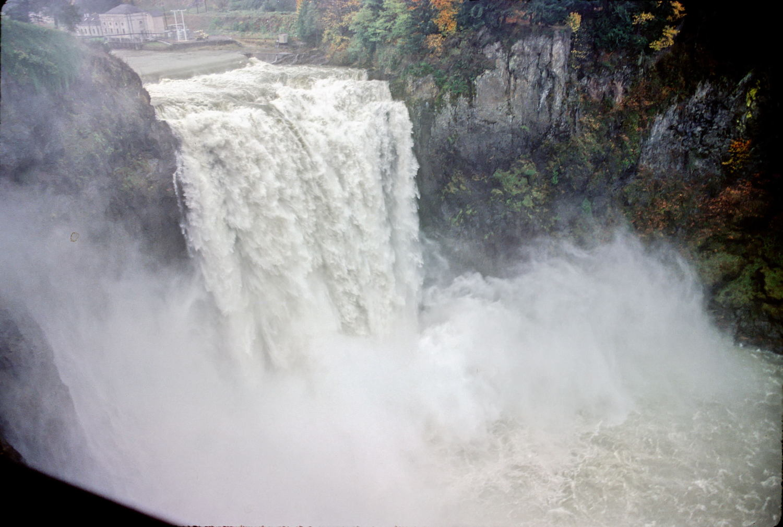 Snoqualmie Falls, flood of November 1985