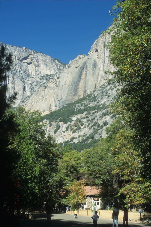 Yosemite Falls completely dry, Oct 2001.
