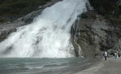 this is picture of water falls in Alaska  2010