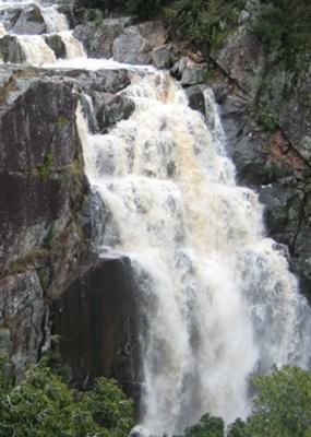 Moonabung Falls