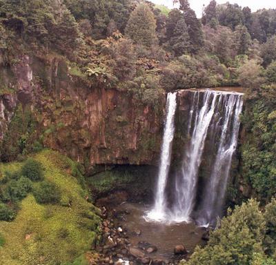 Omaru Falls Oct 1996