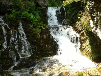 Urlatoarea Waterfall