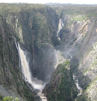 Wollomombi-Chandler Falls. 24.5.09